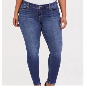 torrid Medium Wash Skinny Jeans